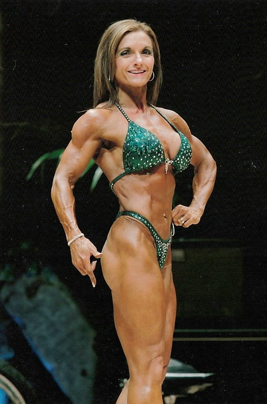 NPC Competitior Kerri Bolen Interviews with Directlyfitness.com