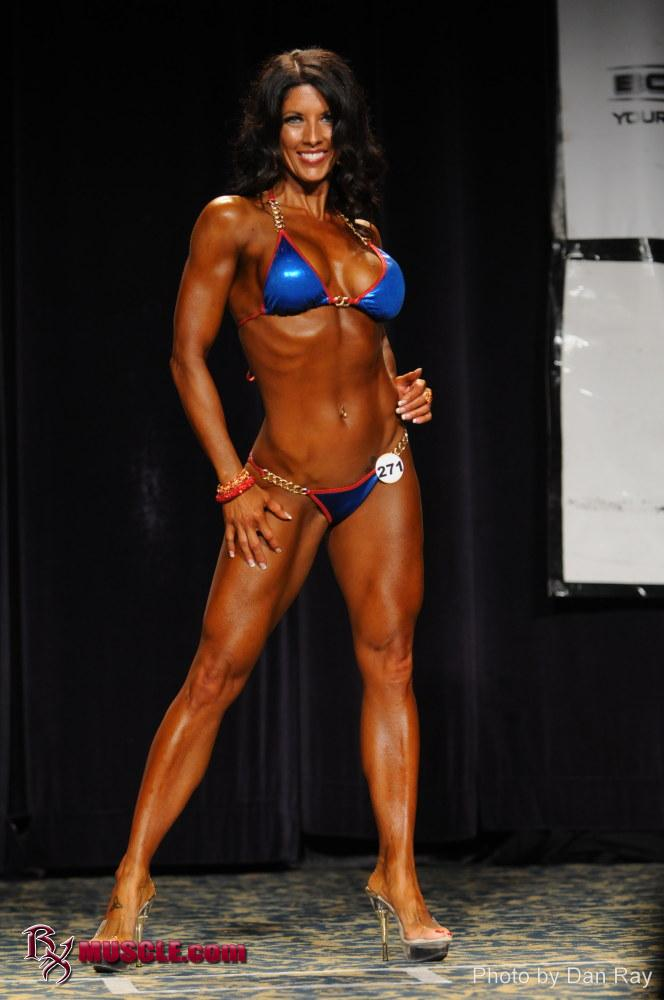 National level NPC Bikini competitor Holly Powell Interviews with Directlyfitness.com