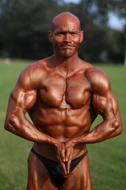 Natural Bodybuilder Aaron Whitten Interviews with